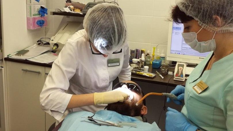 Выравнивание зубов брекетами у взрослых. Процесс выравнивания зубов брекетами